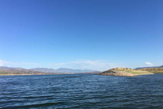 Roosevelt lake in Arizona